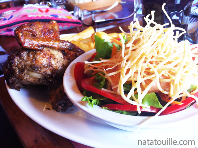 Pollo a la Brasa Ensalada Cesar_La Caravana