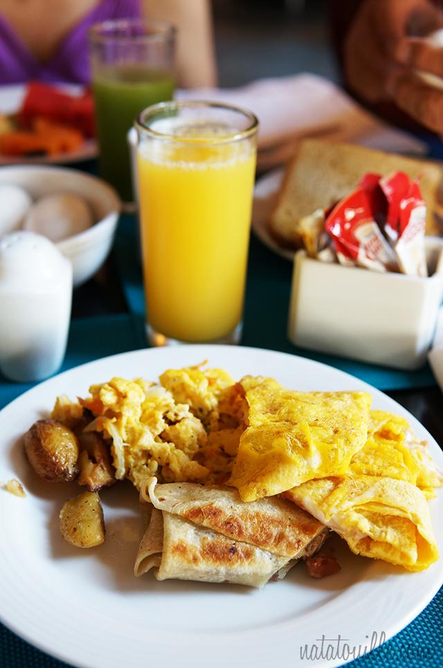 Desayuno en Decameron Los Cabos